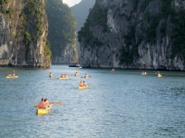 Halong Bay - Typical Route - 4 hrs on cruise