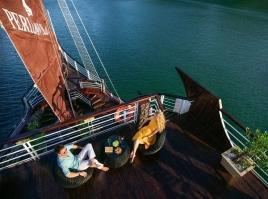 Perla Dawn Cruise