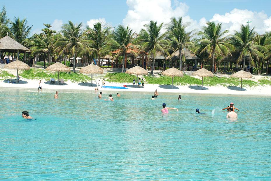 White Sand Doclet Resort